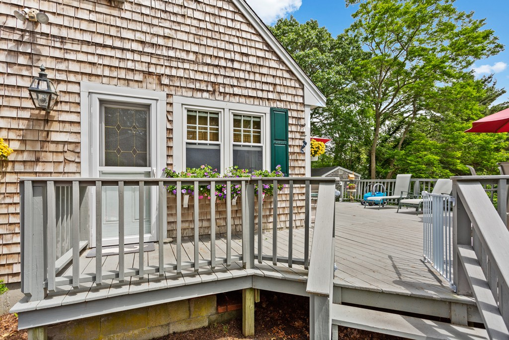 6 Rustic Ln, Barnstable, MA 02601, Hyannis | Jack Conway