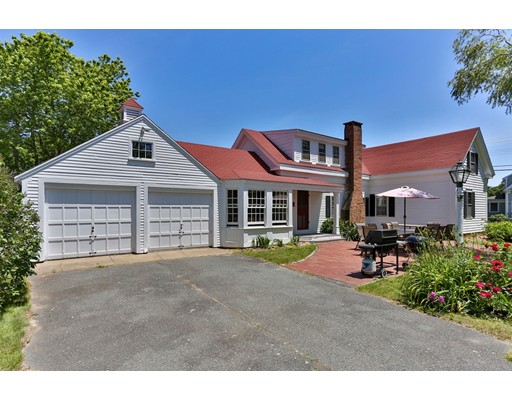 144 Pleasant St, Chatham, MA 02659