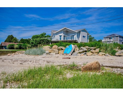 20 Harbor View Avenue, Fairhaven, MA 02719