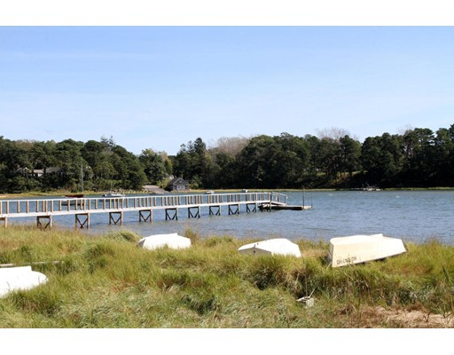 65 Lake Dr, Orleans, MA 02653