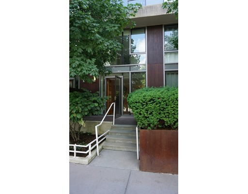 2 Earhart Street #123 Floor 1