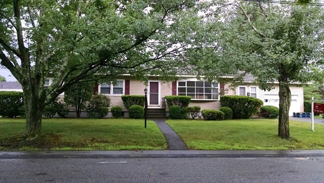 96 Colonial Road Lawrence MA 01843