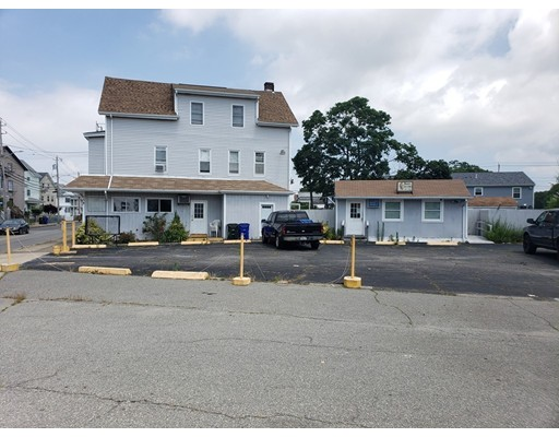 758 Stafford Road, Fall River, MA 02721