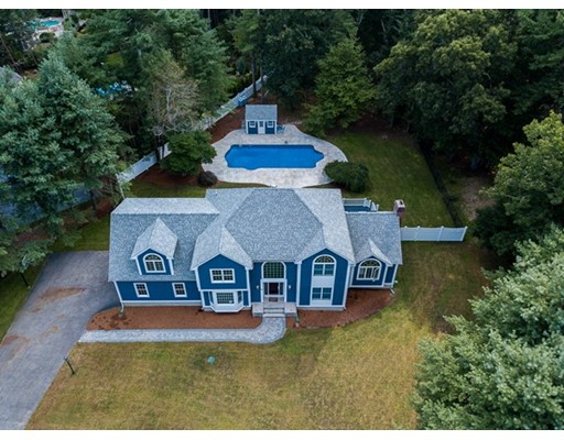 44 Oldfield Dr, Easton, MA 02375