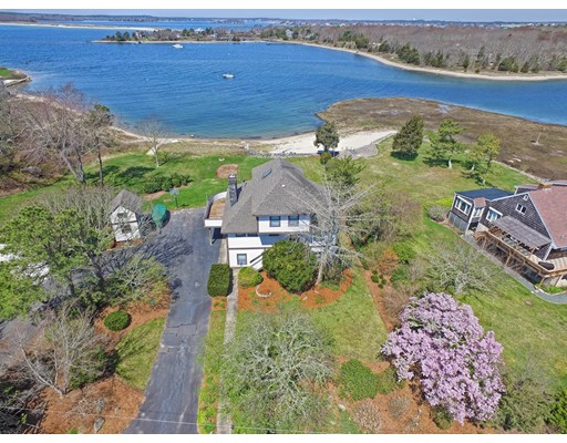 1 Quiet Cove Ln, Bourne, MA 02532