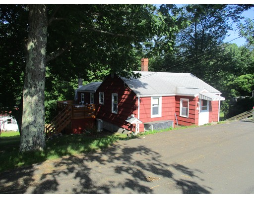 444 Henshaw St, Leicester, MA 01524
