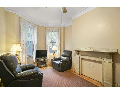 2 Pelham Terrace, Boston, MA 02118