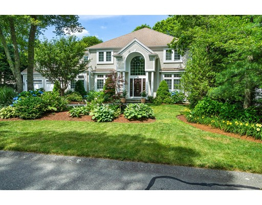 18 Smilin Jack Lane, Falmouth, MA 02540