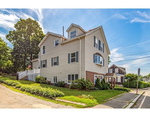 165 Willow Rd, Nahant, MA 01908