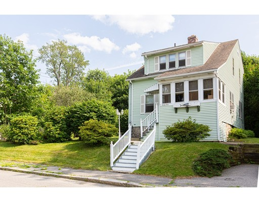 94 King Philip Rd, Worcester, MA 01606