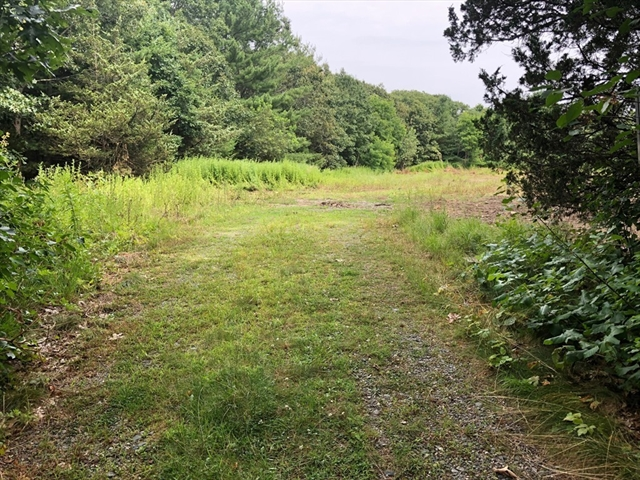 10 Hitching Post Ln, Weston, MA, 02493,  Home For Sale