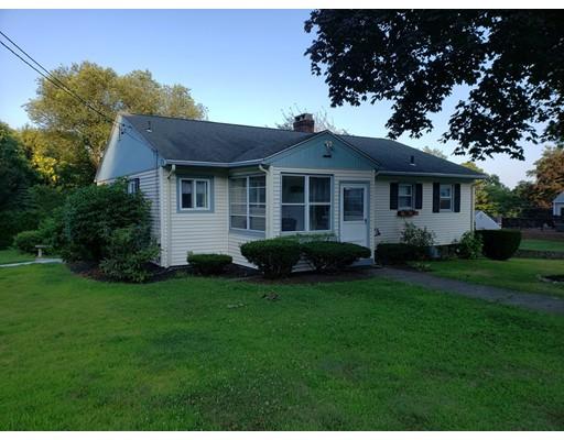 16 Oak Hill Dr, Cumberland, RI 02864
