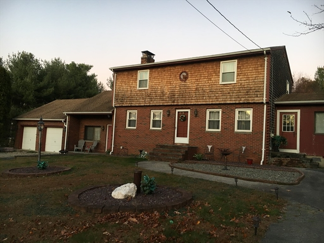 17 Colonial Drive Freetown MA 02702