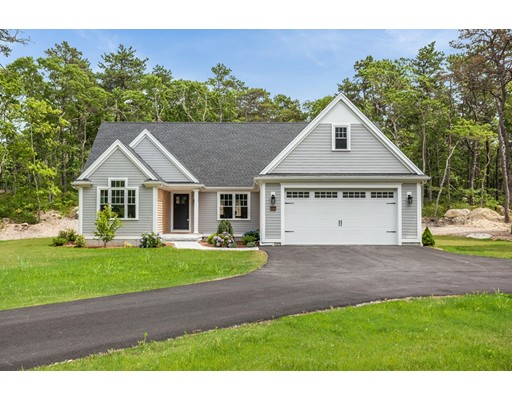62 Old Hyannis Rd, Yarmouth, MA 02675