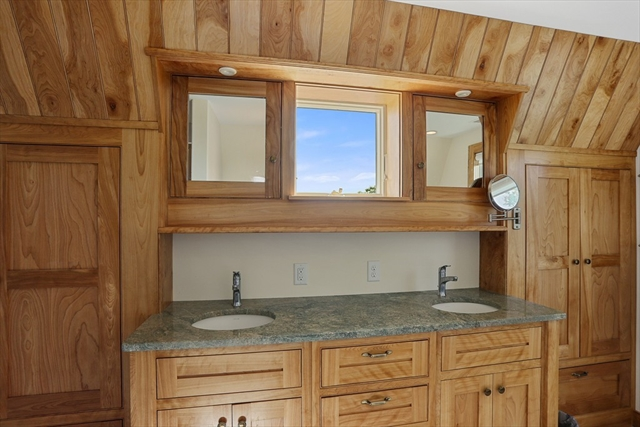 44 Scatteree Road Chatham MA 02650