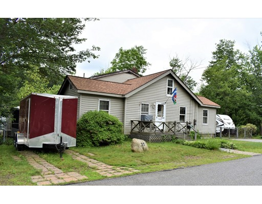 37 Waterview Ave, Billerica, MA 01862