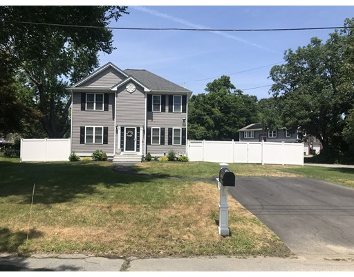1469 Old Plainville Road, New Bedford, MA 02745