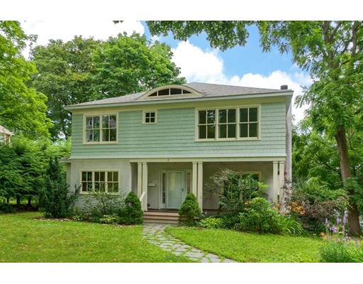 11 Montvale Rd, Worcester, MA 01609