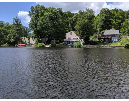32 Lake Sargent Dr, Leicester, MA 01524
