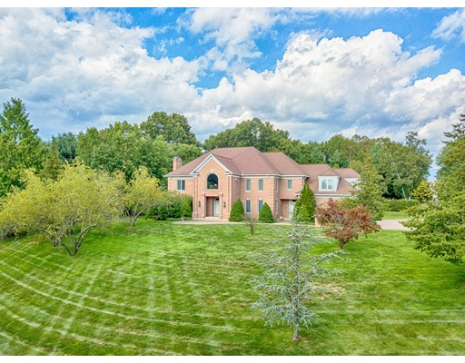 25 Devonshire Terrace, East Longmeadow, MA 01028