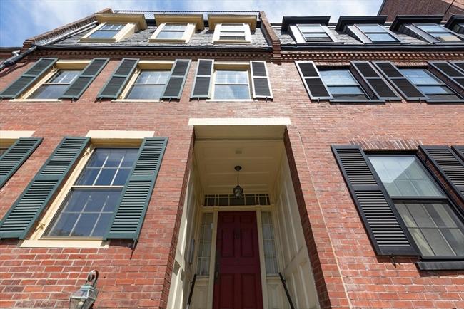 11 Knox Street Boston MA 02116