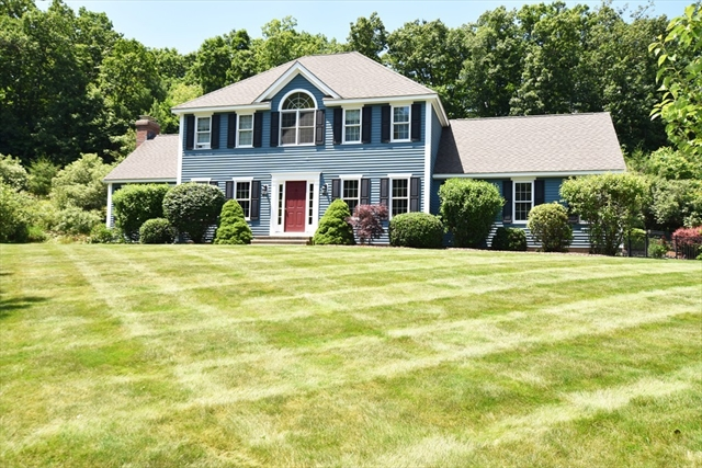 14 Stuart Road Sterling MA 01564
