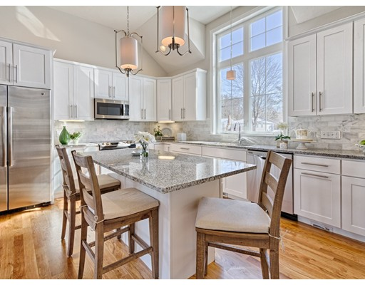 3 Steppingstone Dr. 27, Medway, MA 02053