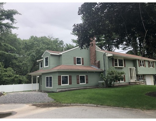 10 Fowler Ter, Burlington, MA 01803