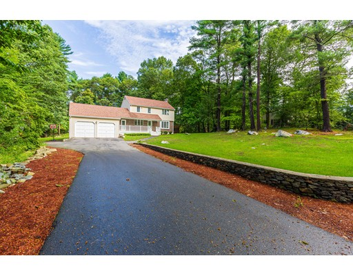 Easton MA Luxury Homes for Sale • Silva Realty Group
