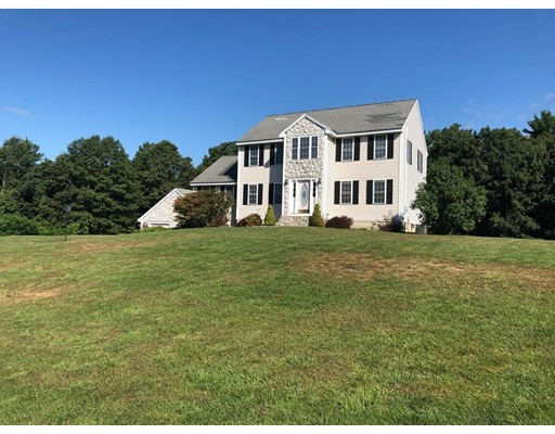 10 Quentin, Londonderry, NH 03053