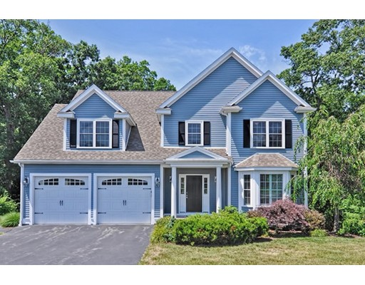 22 Canterberry Ln, Norfolk, MA 02056
