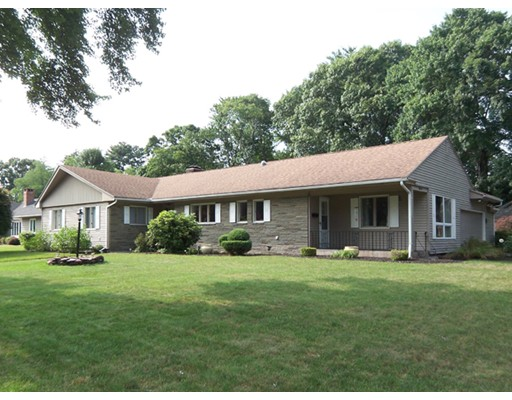 52 Laurel Lane, Longmeadow, MA 01106