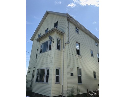 512 PLYMOUTH AVE, Fall River, MA 02721