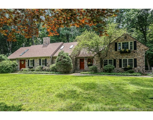 3 Johns Lane, Topsfield, MA 01983