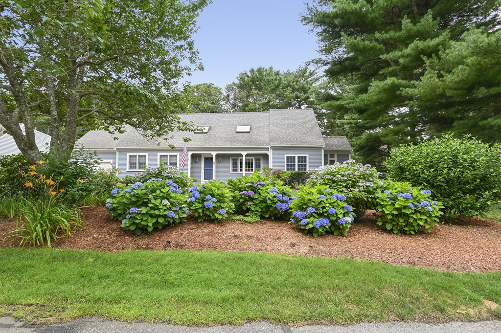 Photo of 95 Wianno Cir Barnstable MA 02655
