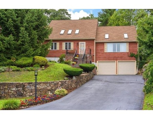 8 Clipper Way, Beverly, MA 01915