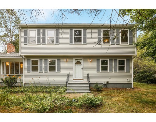 31 Woodpark Cir, Lexington, MA 02421