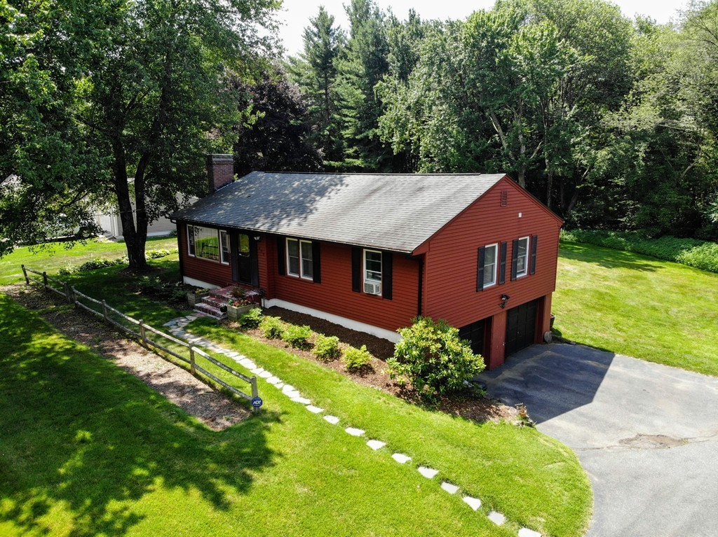 Admirable 609 Somers Road East Longmeadow Ma 01028 Kelley And Home Interior And Landscaping Palasignezvosmurscom