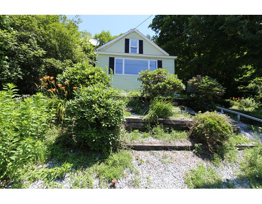 53 Temple St, Spencer, MA 01562