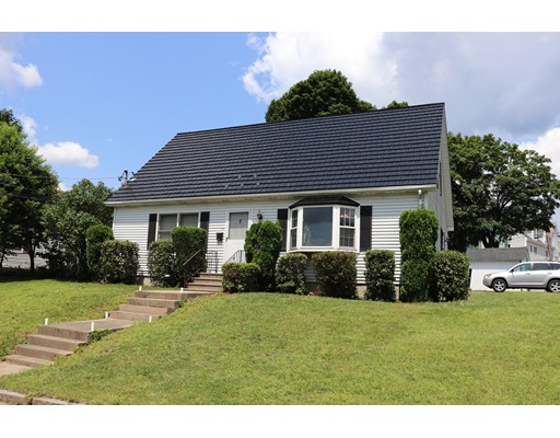 2 Hunnewell Rd, Worcester, MA 01606