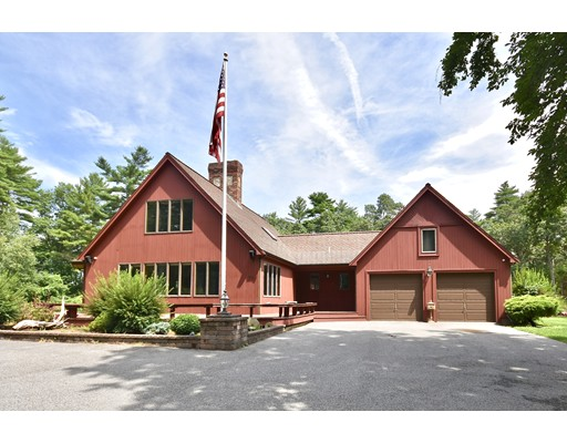 70 Parlowtown Rd, Rochester, MA 02770