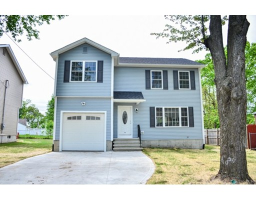 24 Laurence St, Springfield, MA 01104