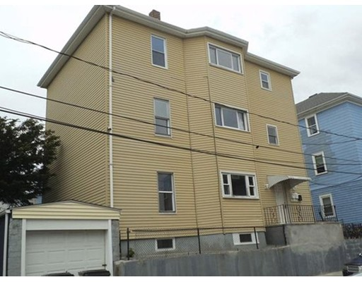 129 Baker St, Fall River, MA 02721