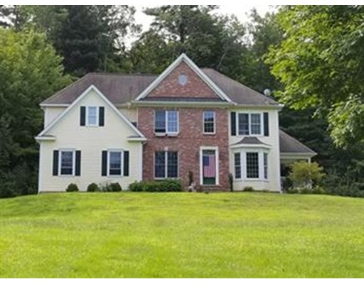 16 East Hill Rd, Brimfield, MA 01010
