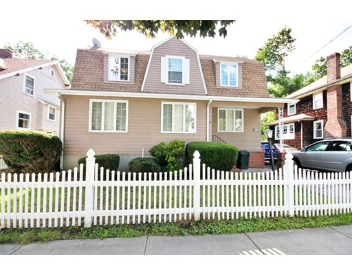 10 W Elm Ave, Quincy, MA 02170