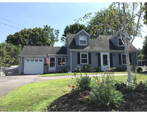 60 Primrose Hill Road, Barrington, RI 02806