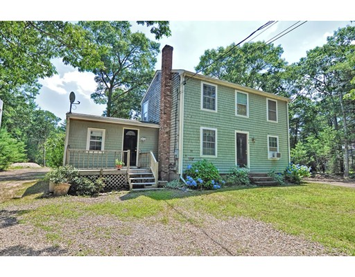 56 Plymouth St, Carver, MA 02330