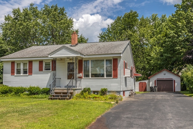 58 Marquette Street Gardner MA 01440