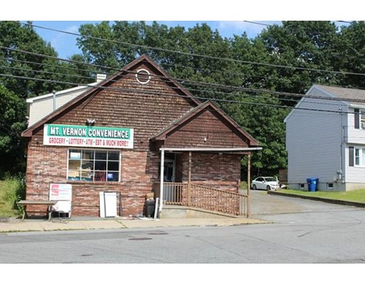 58-R Beacon St, Lawrence, MA 01843