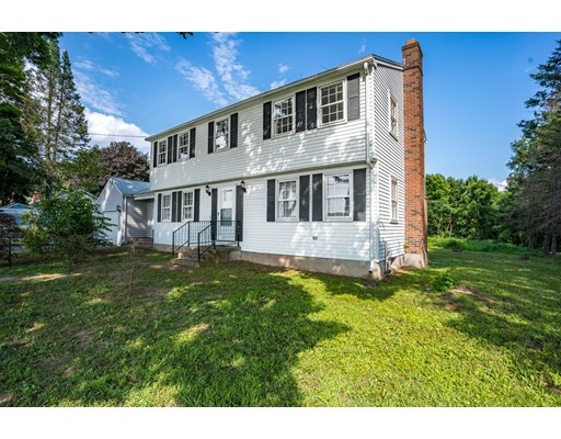 158 South Grand St, Suffield, CT 06093